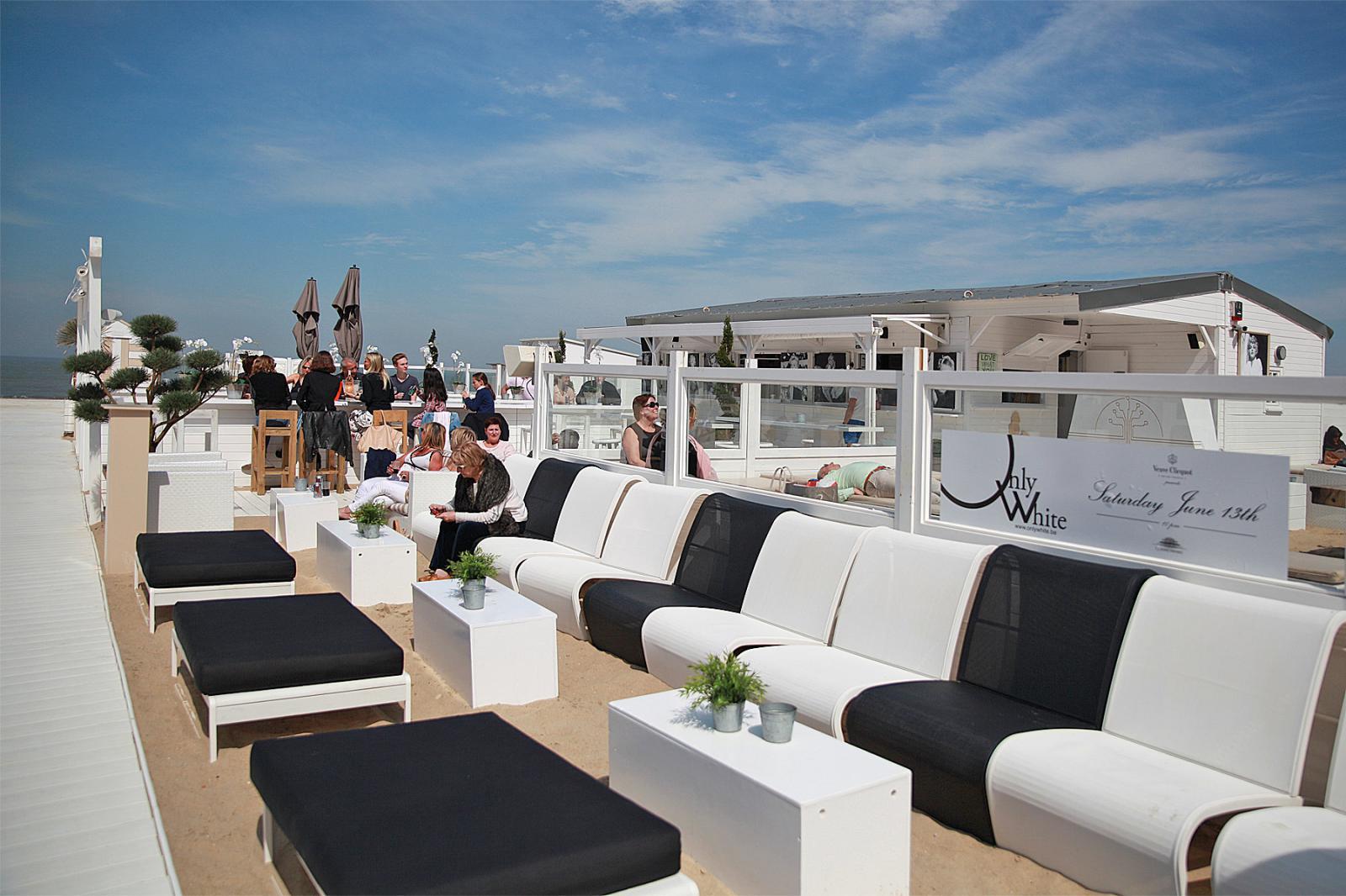 monroe beach plage priv e knokke le zoute knokke le zoute. Black Bedroom Furniture Sets. Home Design Ideas