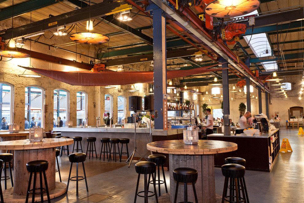 Avis Cafe Sud Restaurant
