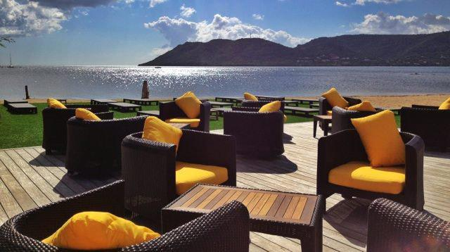 marina lounge plage priv e porto vecchio 20137 porto vecchio. Black Bedroom Furniture Sets. Home Design Ideas